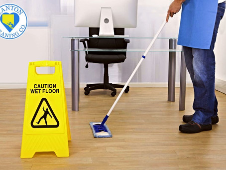 How Commercial Cleaning Services Prevent Lost Rental and Expensive Repair