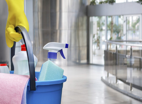 5 Ways Commercial Cleaning Services Improve Employee Productivity and Customer Happiness