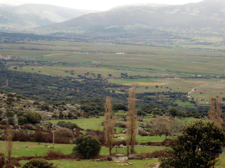 Panorámica del valle de El Corneja.