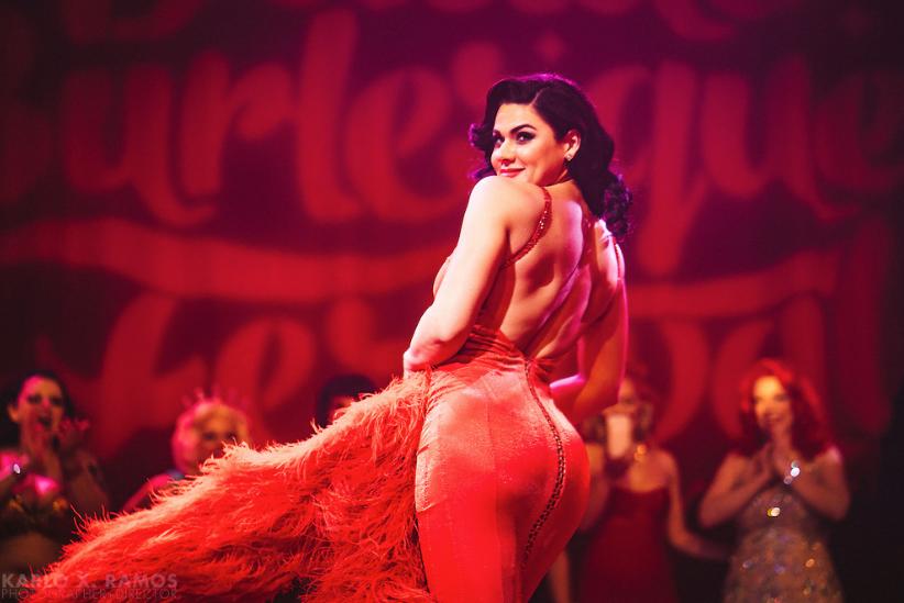 Showgirl Roxi D'Lite