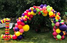 Organic Balloon Arch.jpg