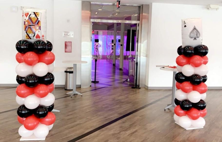 Vegas themed balloon columns.jpg