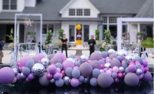 Balloons in pool balloon pool decor pool decoration ideas