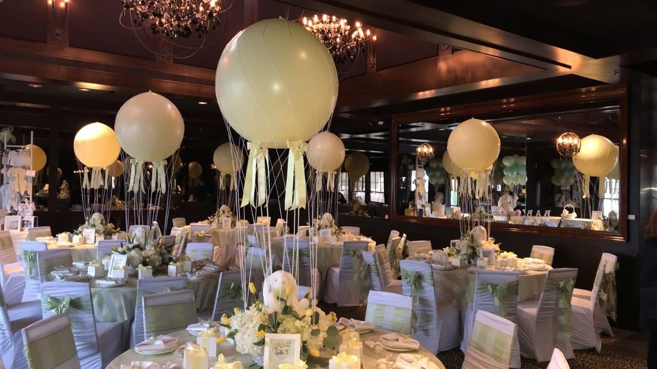 Balloon centerpieces Party Paradise