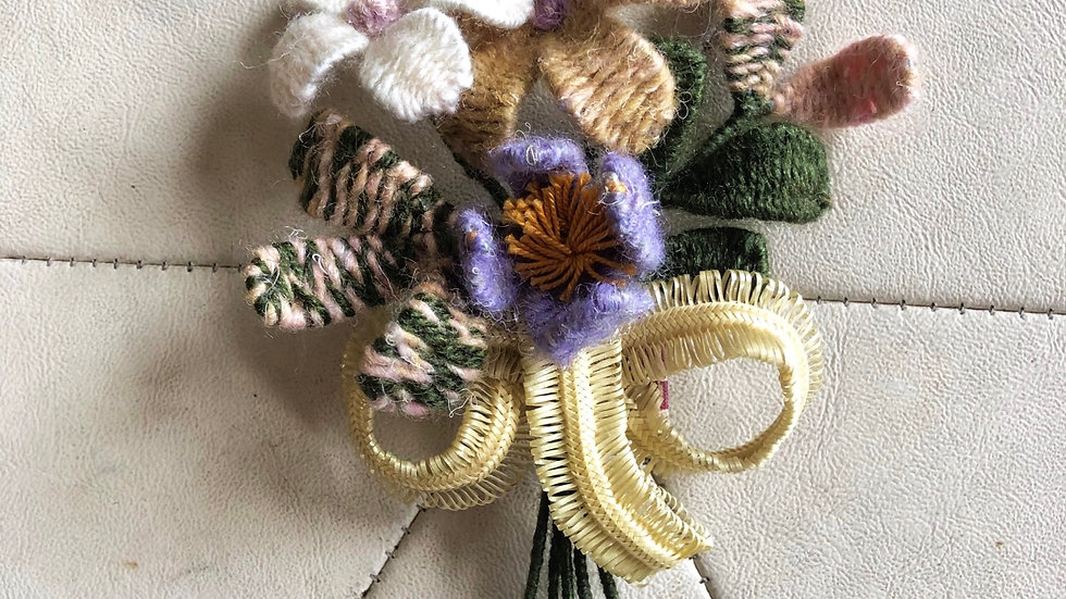 Woven Wool Bouquet Brooch (large)