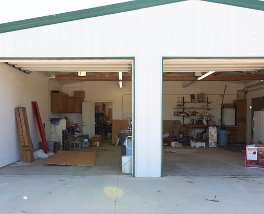 2 car garage.JPG