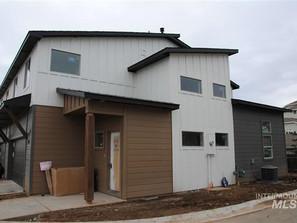 Pine View Ln, Townhouse  Boise