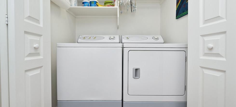021_Laundry Area.jpg