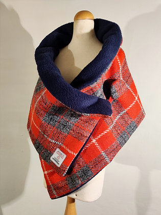 Harris Tweed Neck Scarf in Striking Red
