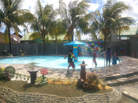 Nap and Rose Resort, Lucena City Image 2