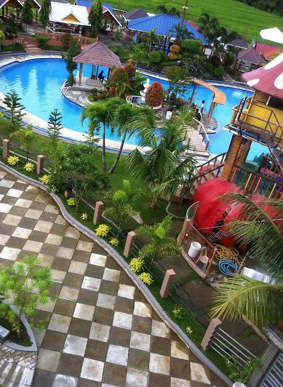 Del Maro Resort Image 1.jpg