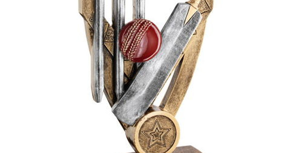 CRICKET BAT WITH BALL AND STUMPS ON DIAMOND TROPHY
