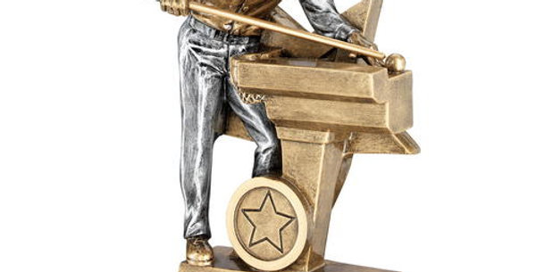 MALE POOL/SNOOKER FIGURE WITH STAR BACKING TROPHY