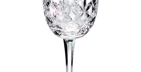 200ML CLASSIC WINE GLASS - FULLY CUT 7.25in