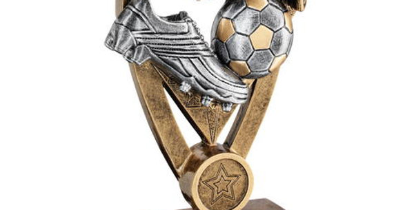 BRZ/PEW/GOLD FOOTBALL WITH BOOT AND NET ON DIAMOND TROPHY