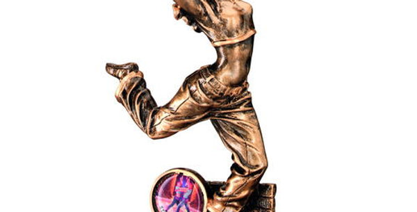 STREET DANCE FIGURE TROPHY - FEMALE