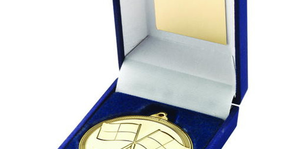 BOX AND MEDAL REFEREE TROPHY - GOLD - 3.5in