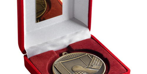 RED VELVET BOX AND 60mm MEDAL HOCKEY TROPHY