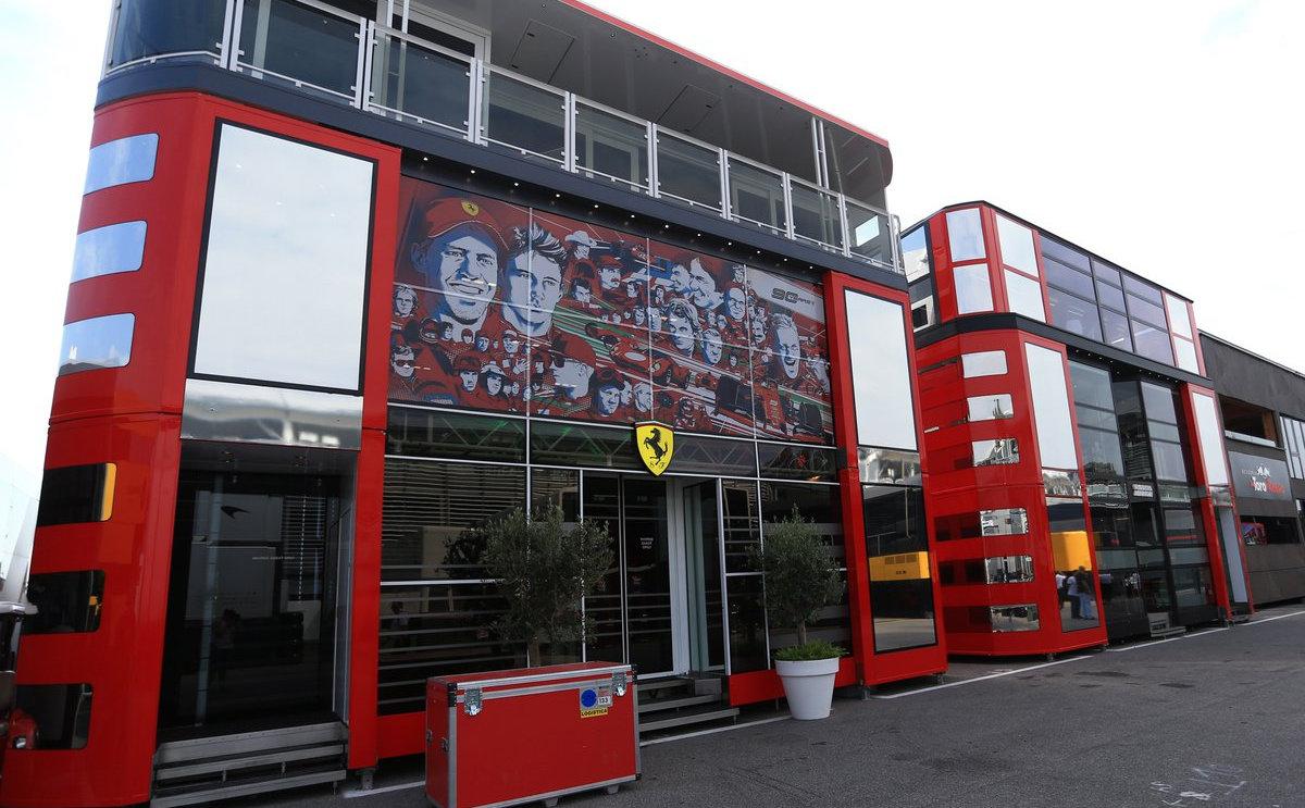 Ferrari Motorhome 1.jpg