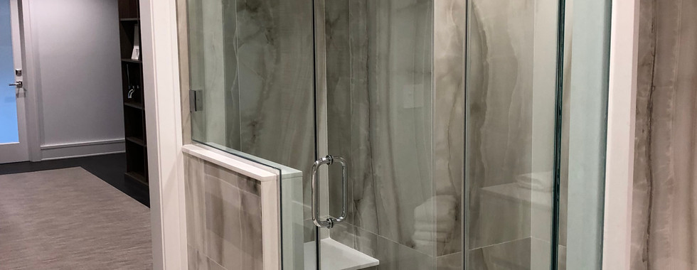 Sales office bathroom 1 - after