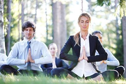 yoga corporativo 4.jpg
