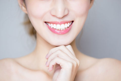close-up-of-woman-tooth-1059254128_3000x