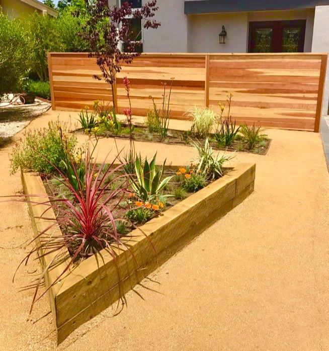 decomposed granite for drought-tolerant landscape