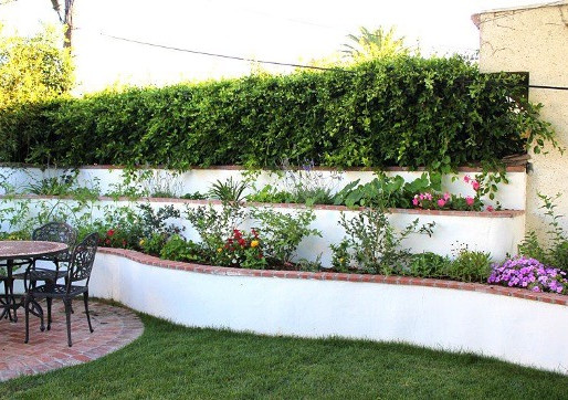 Retaining Walls: Function and Beauty