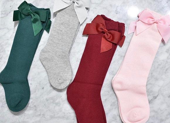 Calcetas altas moño