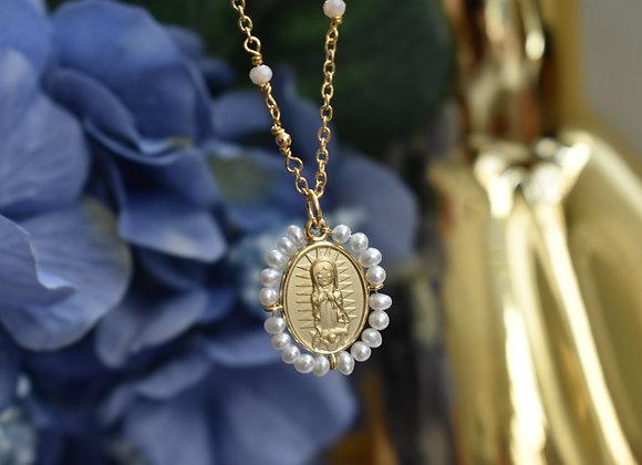 Collar Bordado Virgen Guadalupe