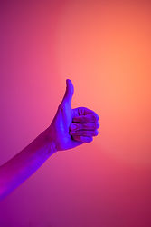 persons-hand-doing-thumbs-up-4629633.jpg