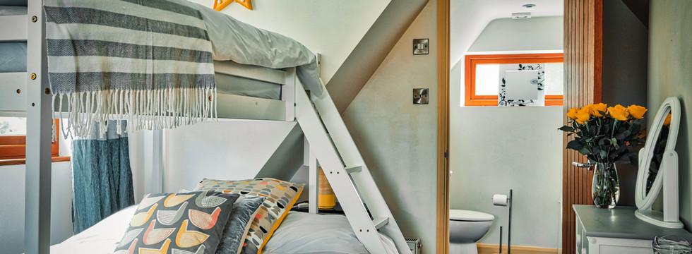 Family Flat Bedroom 03.jpg