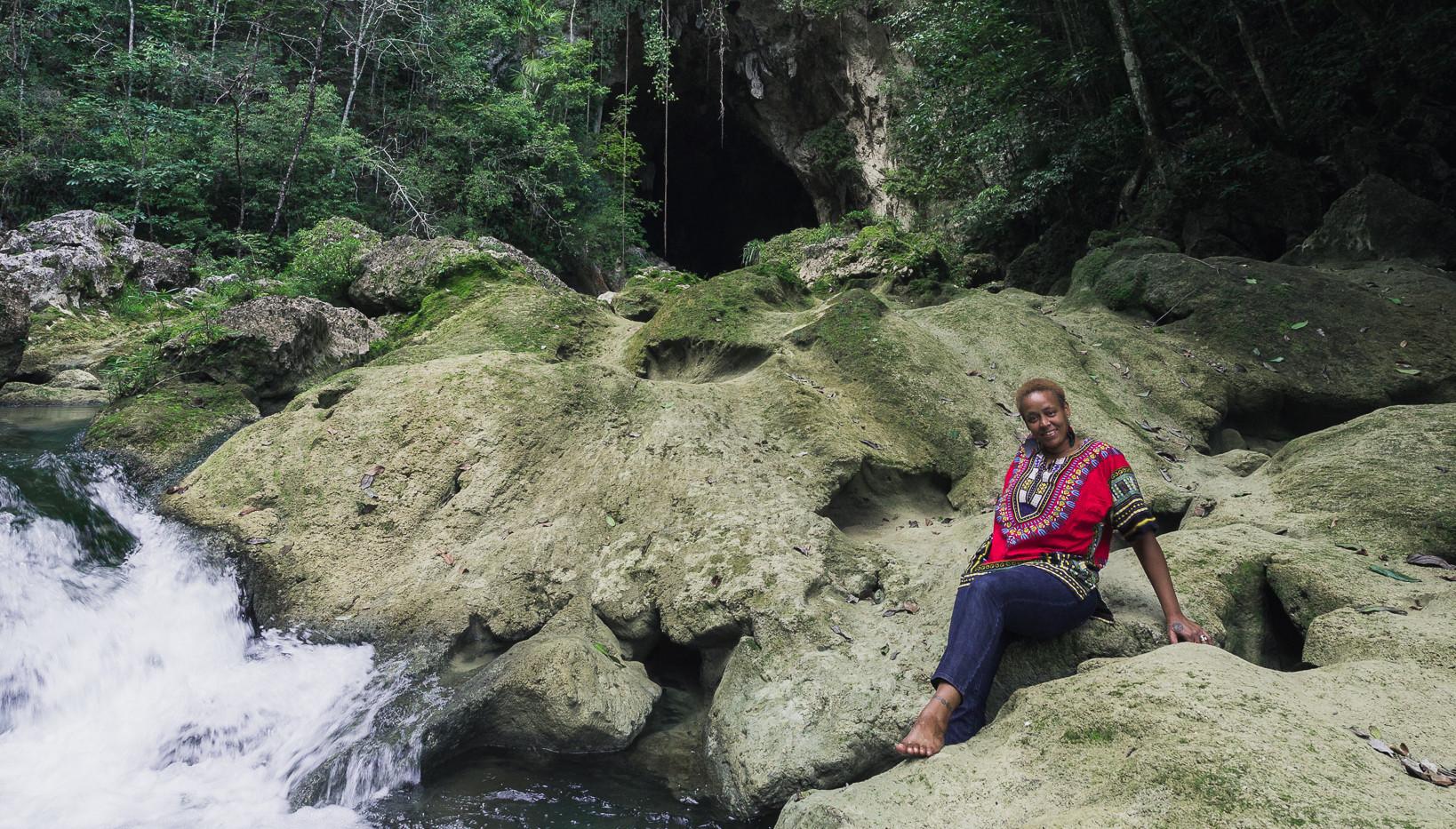 Blue Creek Cave (5).jpg
