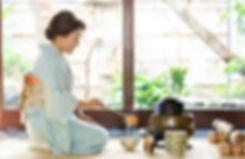 京町家のお座敷で茶道体験