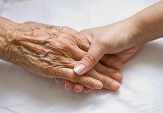 How Reflexology Benefits Seniors