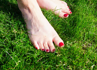 10 Things Your Feet Say About You
