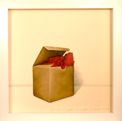 paper box with red tissue