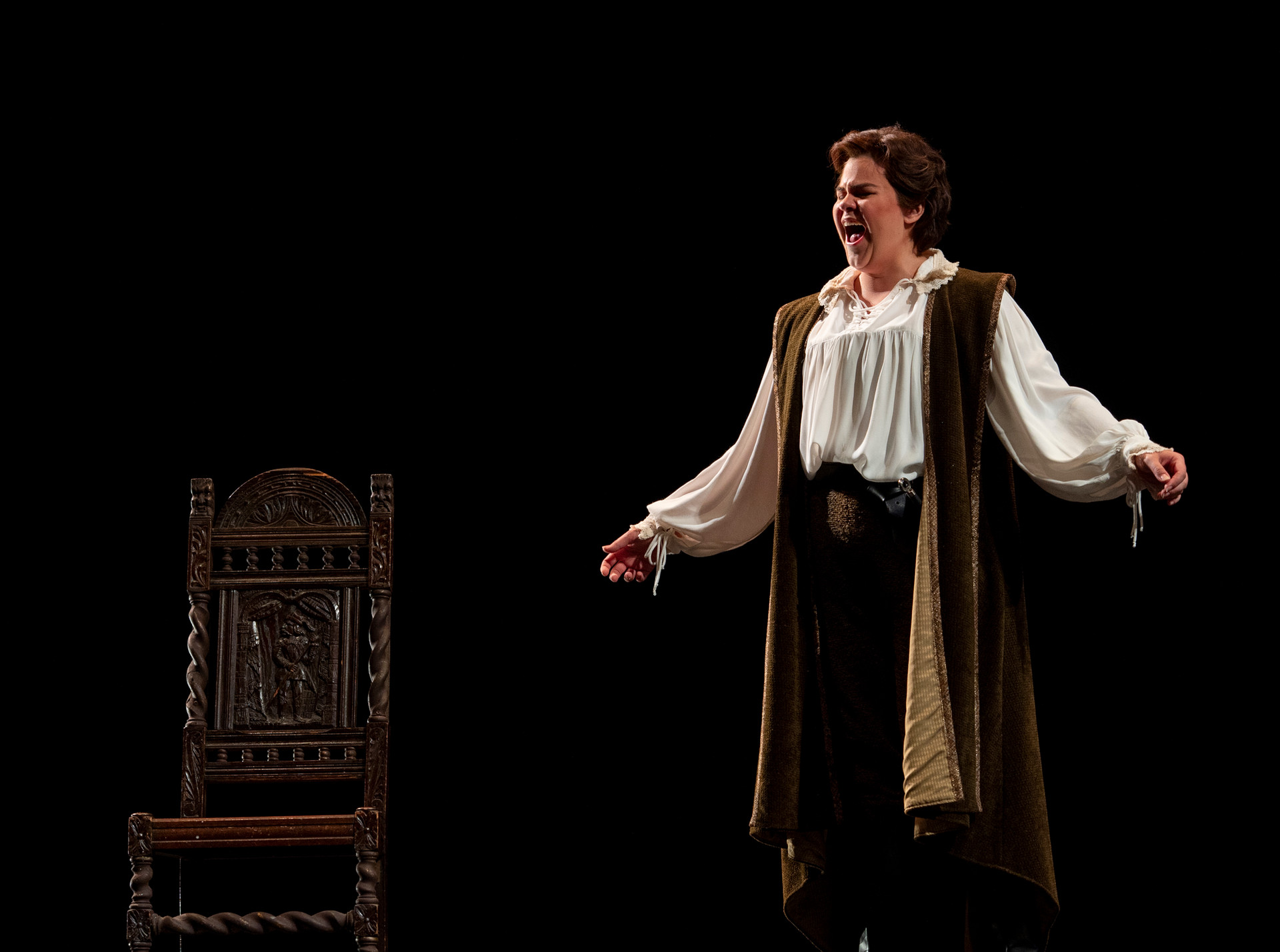 As Romeo in a scene from I capuletti ei Montecchi. Photo by Dave Munch