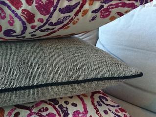 Nopea stailaus sohvatyynyillä