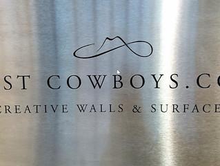 Lost Cowboys: Kierrätysmateriaaleista ainutlaatuisia seinä- ja lattiapaneeleita