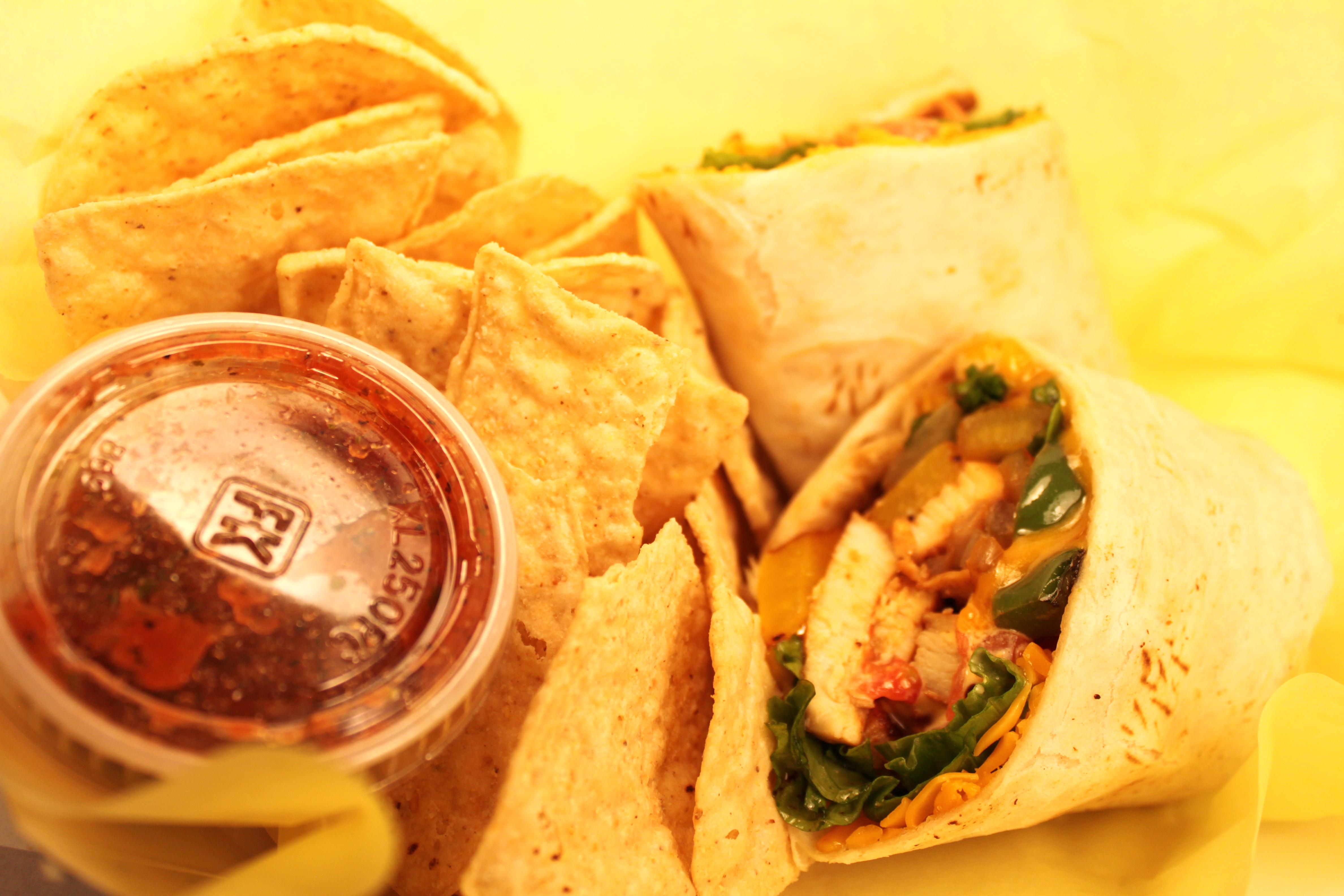 Chicken Fajita Pita.jpg
