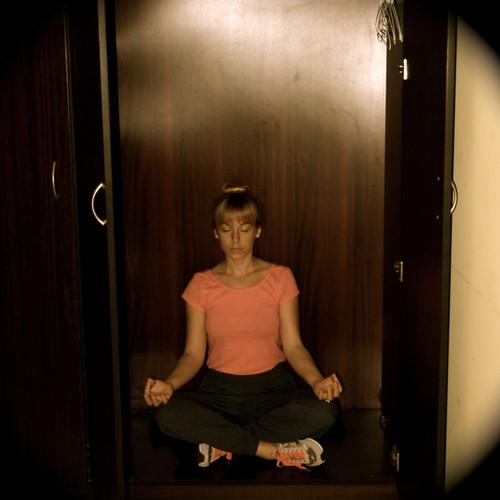 Lindsay-Bauer-Licensed-Marital-Therapist-Meditating.jpg