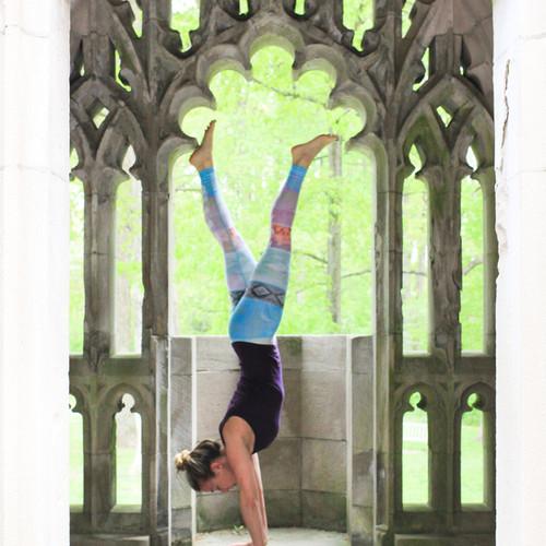 Lindsay-Bauer-Licensed-Therapist-doing-Yoga-headstand.jpg