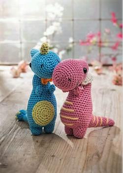 love crochet dinosaurs