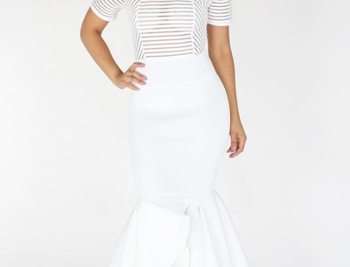 Short Sleeved Pleated and Flare Hemline Dress