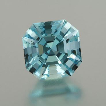 3.13 ct. Aquamarine