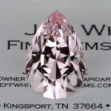 32.85 ct. Morganite