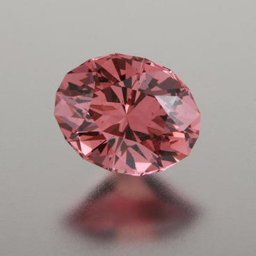 2.81 ct. Rose Malaya Garnet