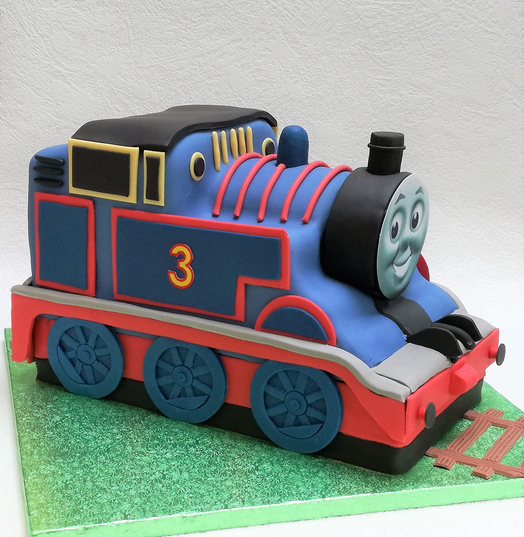 Thomas the Tank birthday cake