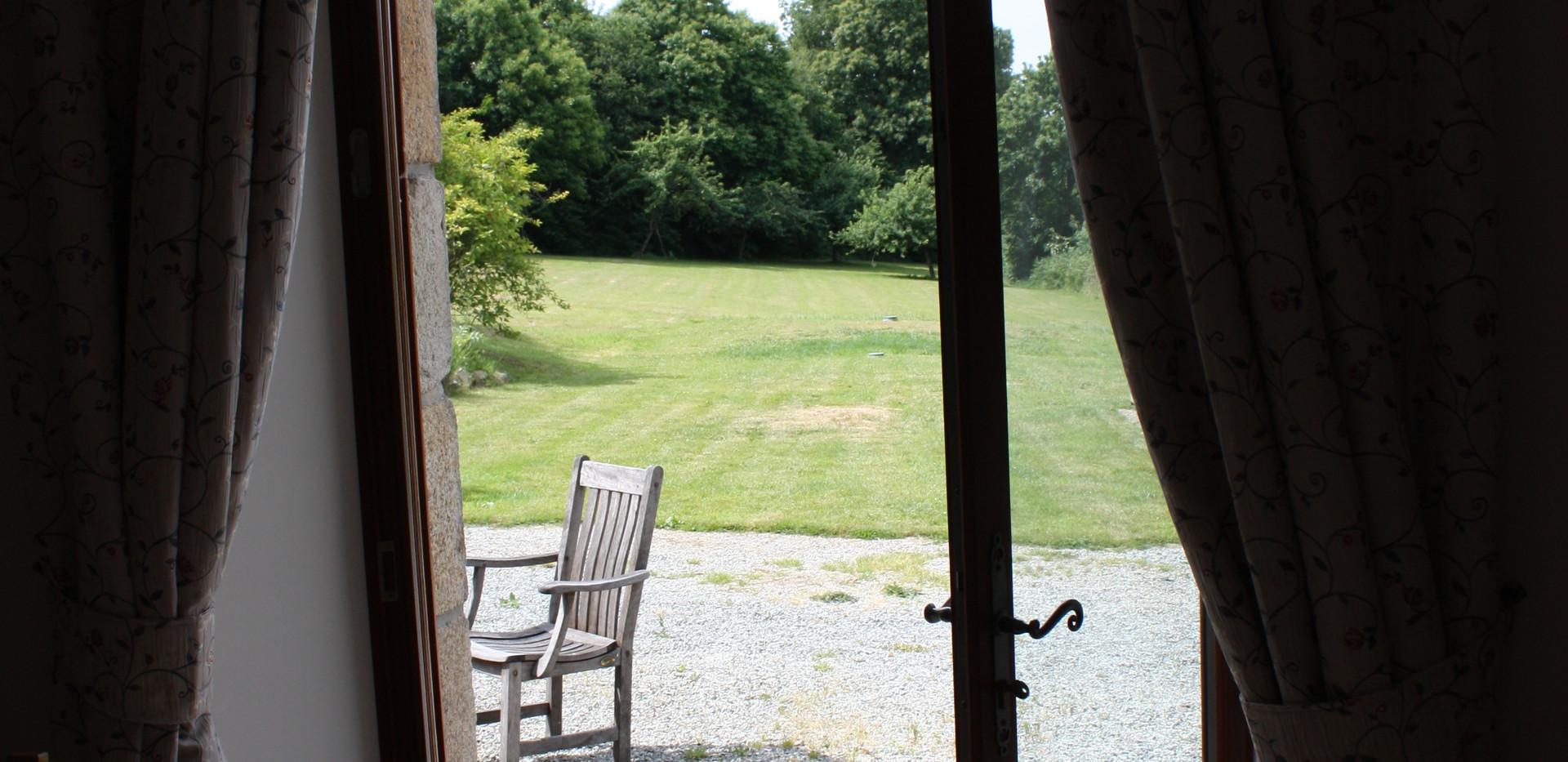 Dining Room doors open to the garden